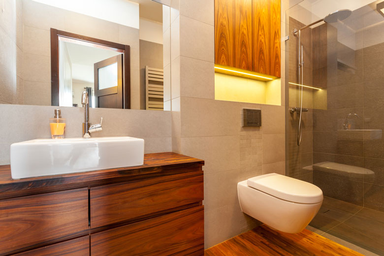 miser sur le bois dans une salle de bain n est plus une folie. Black Bedroom Furniture Sets. Home Design Ideas