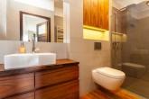 salle-de-bain-meuble-bois